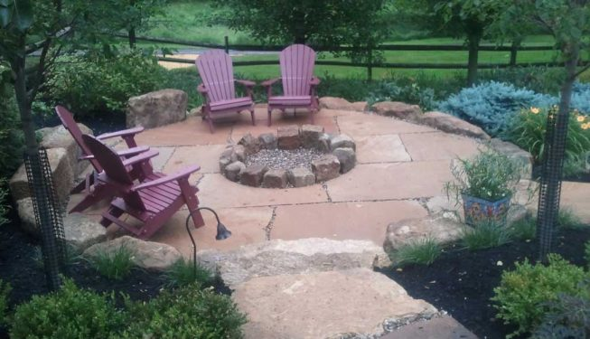 Multi-Stone Fire Ring & Patio